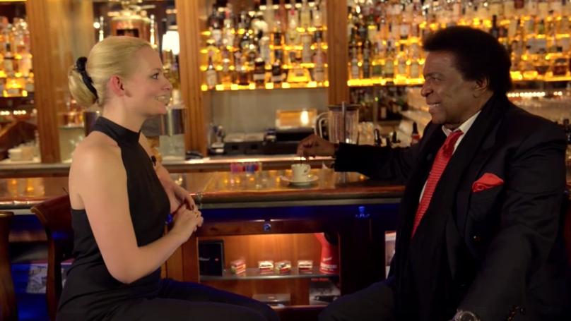 Im Interview mit Roberto Blanco. (c) Screenshot Video WEB.DE