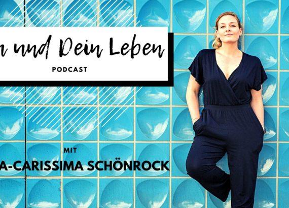 Podcast, Du und Dein Leben, Neuanfang, Frau an Wand, Nina-Carissima Schönrock